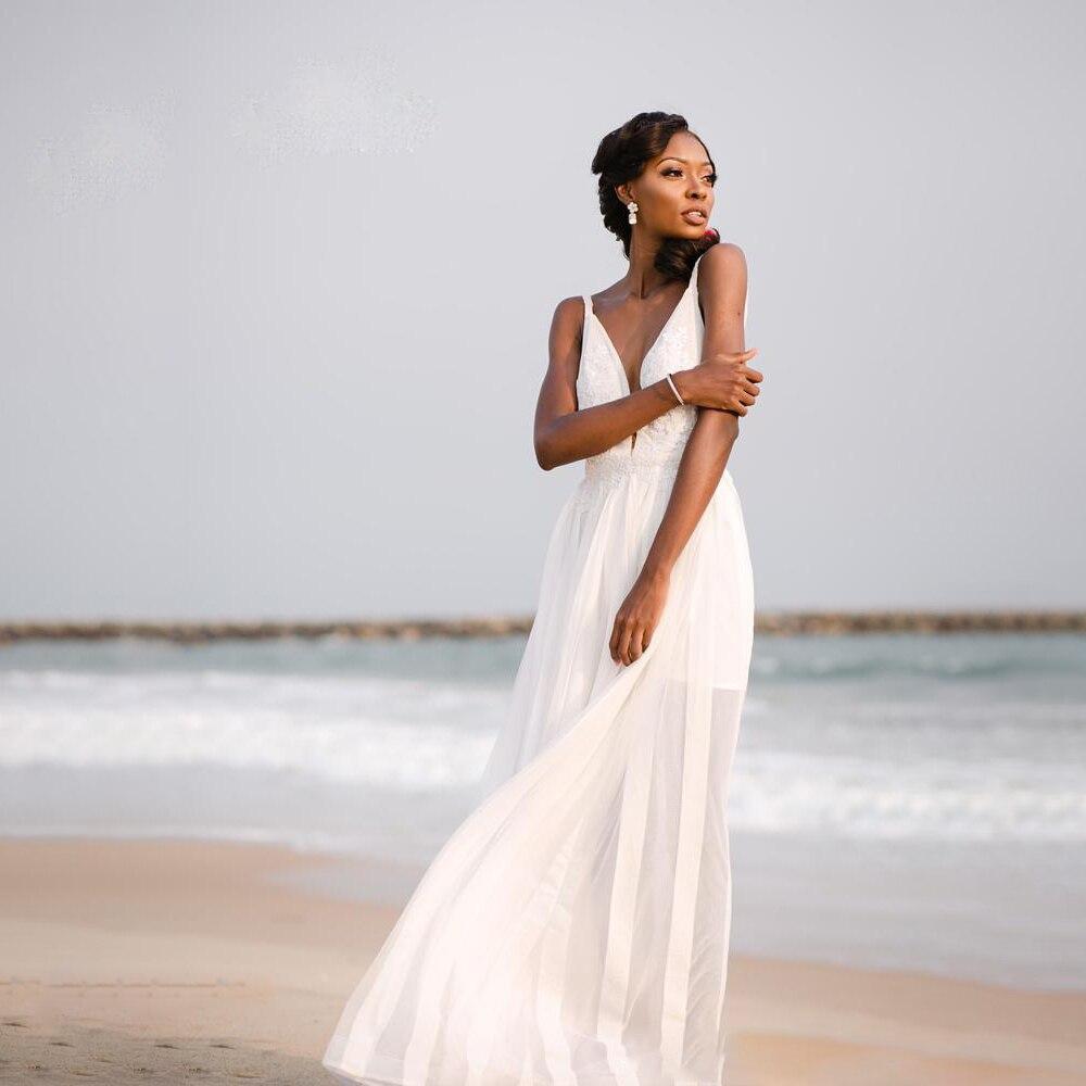 Beach Wedding Dress Spaghetti Straps A Line Sleeveless Lace Applique Backless Deep V Neck Bridal Gown Dress Vestido De Novia