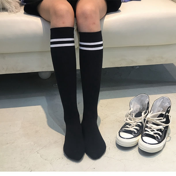 1 Pair Cutton Striped Long Socks Girls Korean Japanese Kawaii Lolita Socks Casual Thigh High Socks Womens Long Socks