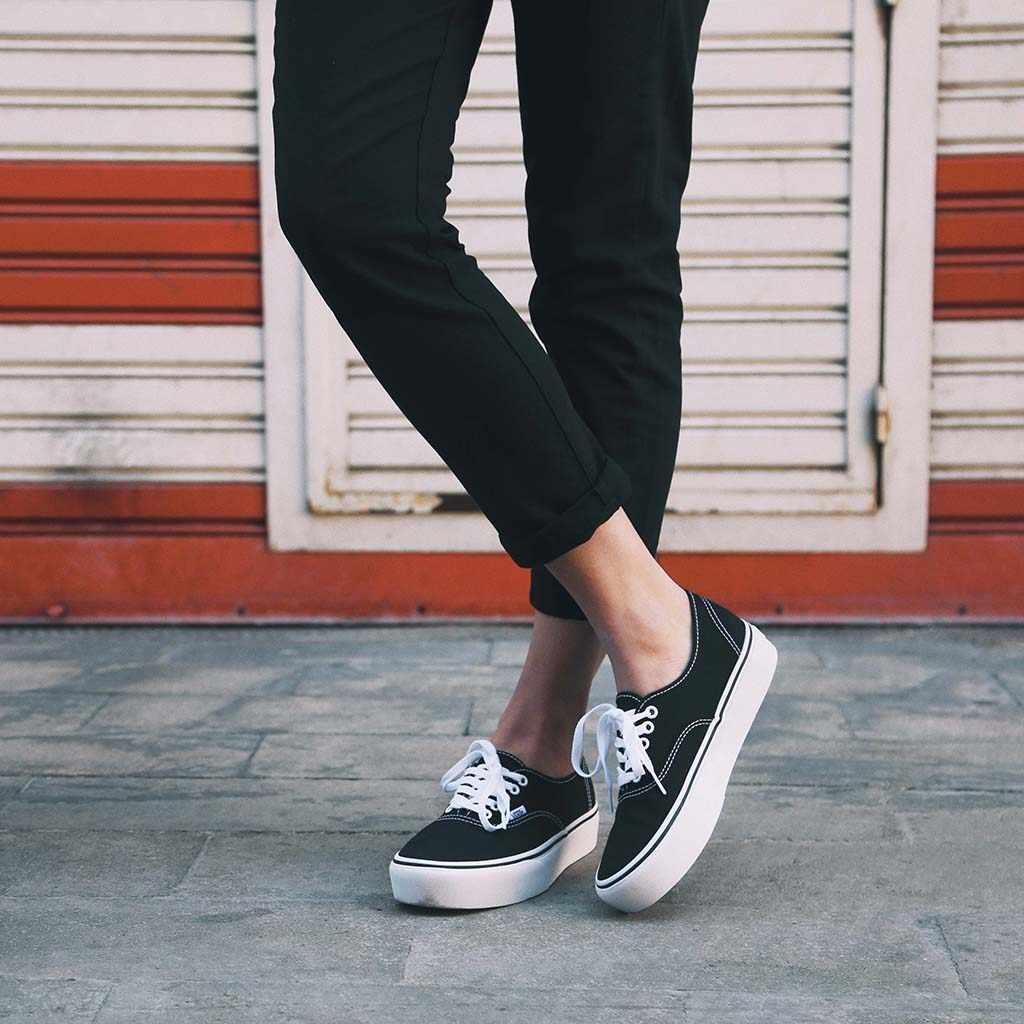 VANS AUTHENTIC PLATFORM Lona Sneakers