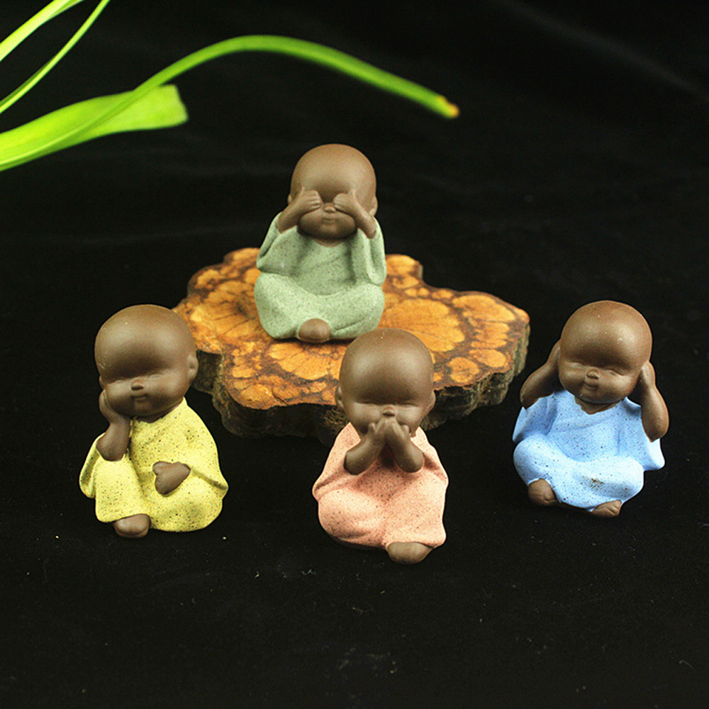Mini Buddha Statue Little Monk Figurine Mandala Tathagata India Yoga Mandala Tea Pet Ceramic Crafts Decorative Ornaments Quality