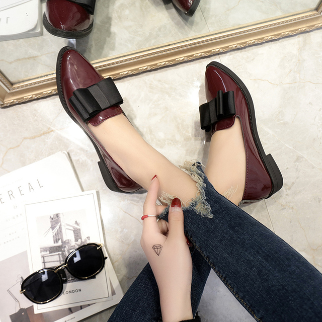 Women Shoes Spring Autumn Bowtie Loafers Patent Leather Elegant Low Heels Slip on Footwear Female Pointed Toe Thick Heel Flats