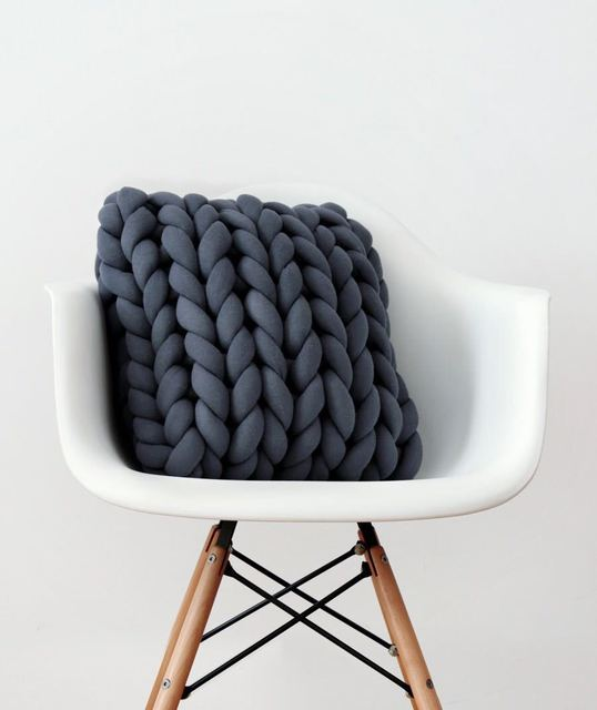 Hand made Nordic new room decoration sofa chair pillow hand-woven thick car pillow
