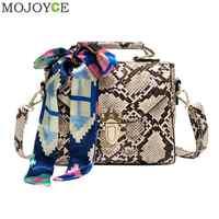 Retro Serpentine Chain Round Crossbody Bags for Women Handbags Printed Small PU Leather Shoulder Bag Female Snake Messenger Bag