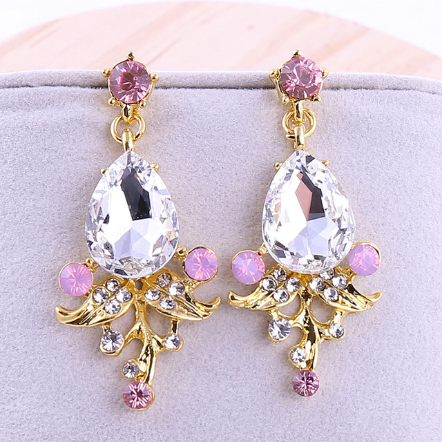 Women Korean Pink Earrings Gold Drop Crystal Earings Fashion Jewelry Bridal White Dangle Clip On