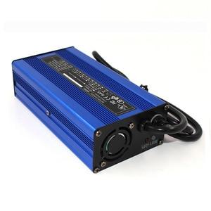 Image 4 - 12.6 V 10A מטען 12 V ליתיום סוללה חכם מטען משמש עבור 3 S 12 V ליתיום סוללה קלט 110 V & 260 V אלומיניום פגז