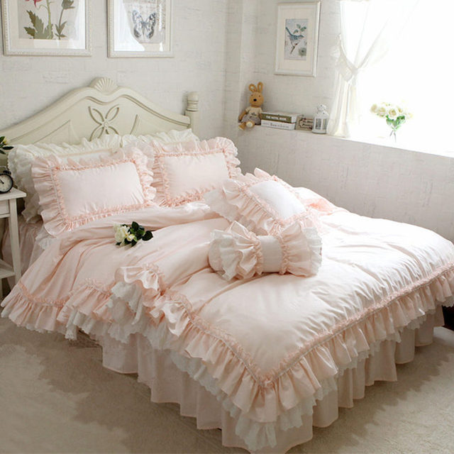 New Embroidery Luxury Layers Bedding Set Sweet Princess Big Ruffle Duvet Cover Wedding Decorative Bedding Bed Sheet Cover Set 1