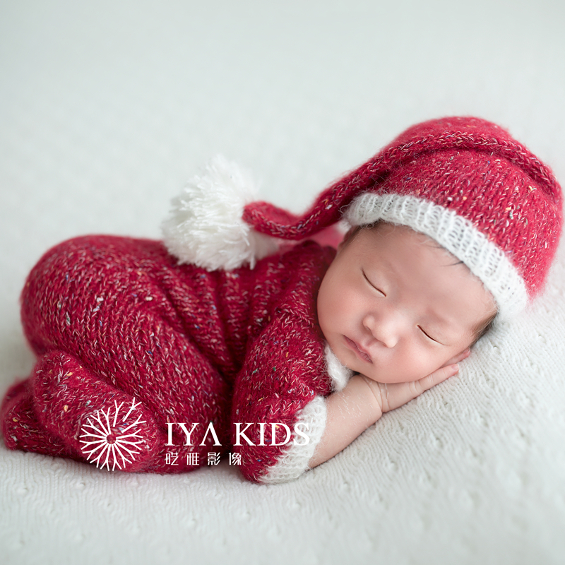 Christmas Outfit Sleepy Hat Set Newborn Mohair Footed Romper Bonnet Set Photography Props Hand knitted Long Sleeve Romper Hat