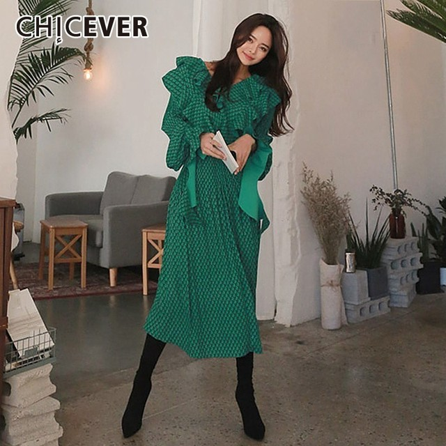 CHICEVER Summer Vintage Print Green Long Dresses For Women Flare Sleeve Ruffles High Waist Pleated Dress 2020 Fashion Tide