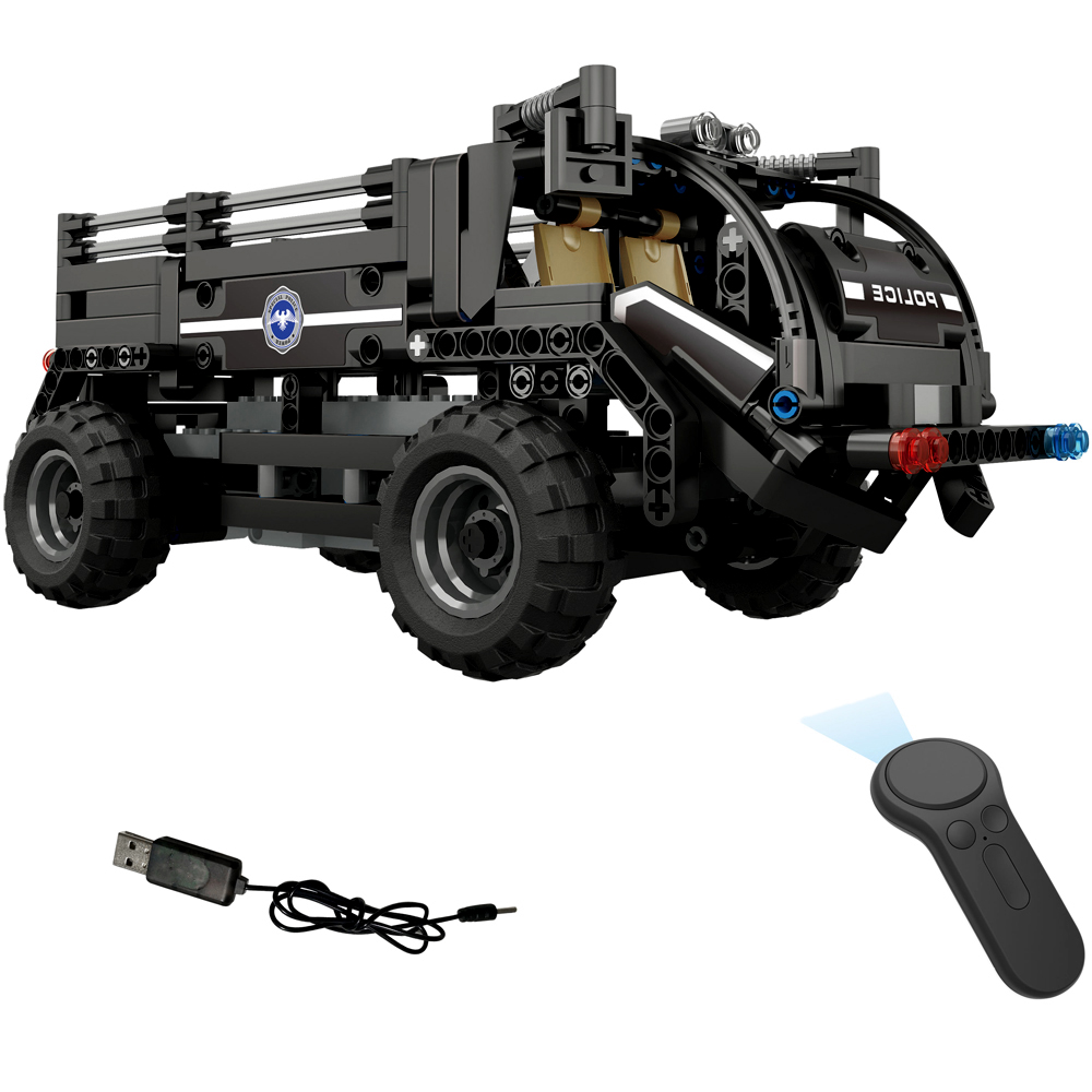 Hot Sale DIY Assembled 2.4G Four Way Remote Control Assembling Blocks Electric Special Police Personnel Carrier 462pcs RC Cars