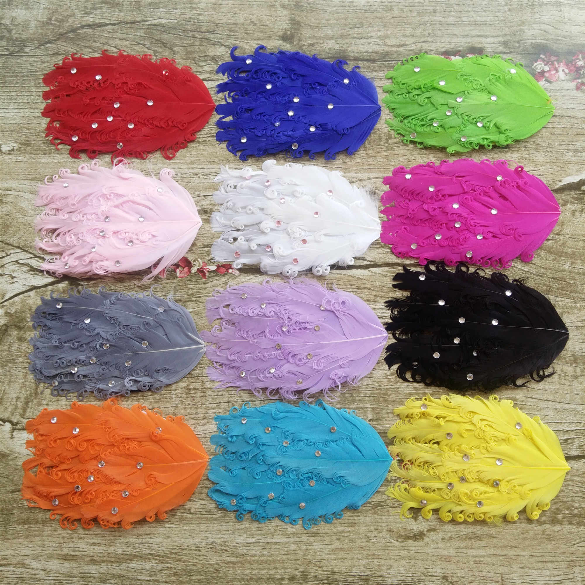 New! 1pcs/lot Curly Nagorie Curled Goose Feather Pad Goose Feathers Pads for Headband Baby Hair Band Spot drill Layers
