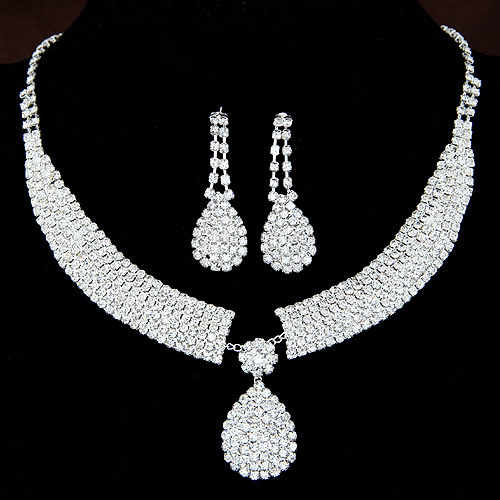 Gorgeous Fashion Choker Necklace for Women Earrings Set White Crystal Wedding jewelery 2018 Nigerian Bridal Jewelry Sets Collar