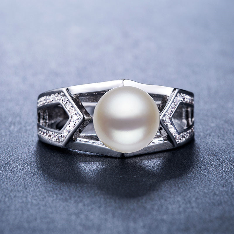 Huitan Classic Wedding Anniversary Ring with Created White Pearl Luxury Valentines Gift Fashion Cocktail Party Rings for Women