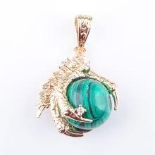 06ebb0b695e8 RONGZUAN malaquita piedra de Gema redonda Bola de garra de dragón de  cristal de Reiki Chakra colgante collar 18