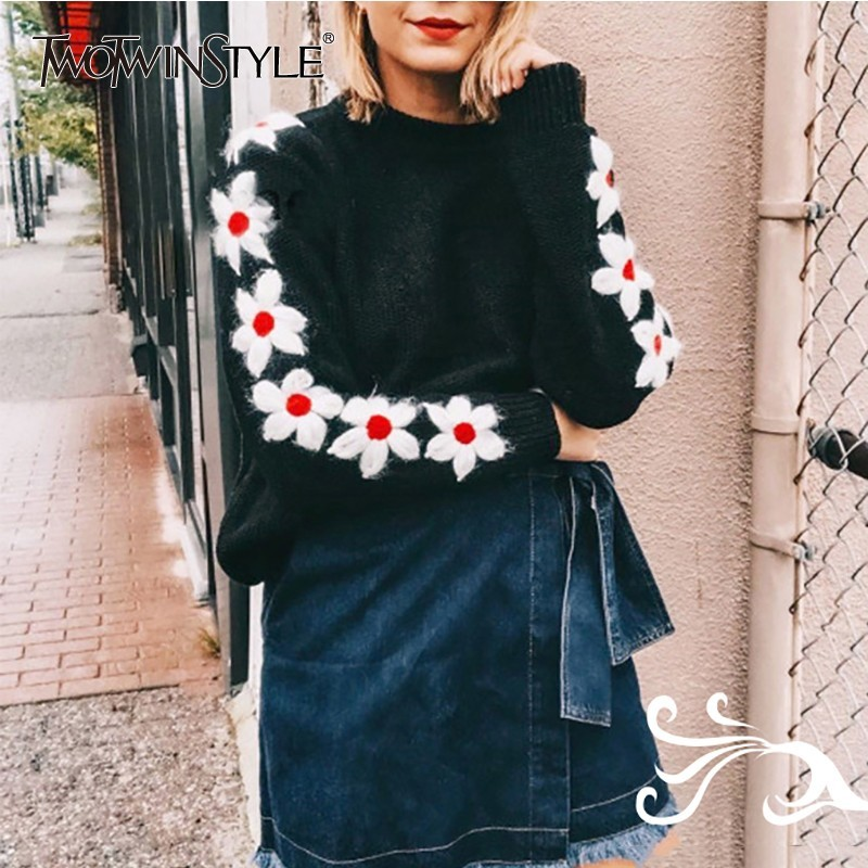 TWOTWINSTYLE Embroidery Floral Women s Sweater O Neck Long Sleeve Knitting Pullover Tops Female Casual Fashion