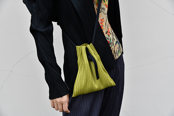 Original Designer Models One Shoulder Portable Pleated Bag Miyake Pleated Bags