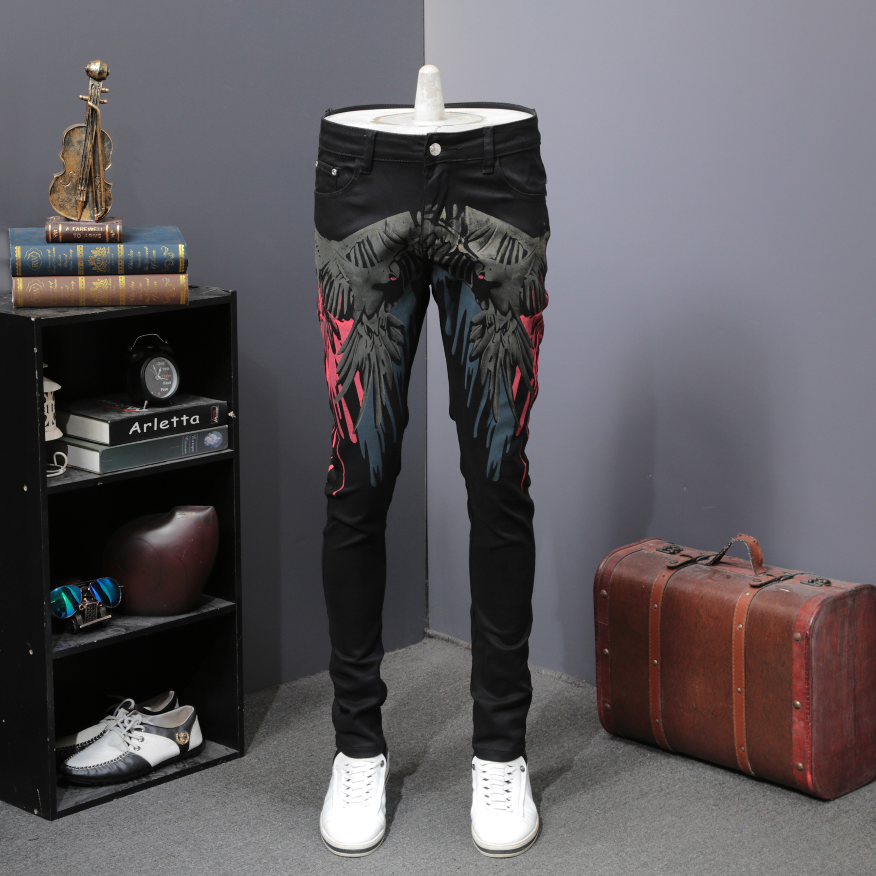 Hot Sale Jeans Men Fashion 2019 Spring Flower Printing Mens Jeans Slim Fit Casual Streetwear Denim Pants Men Clothes Jean Homme