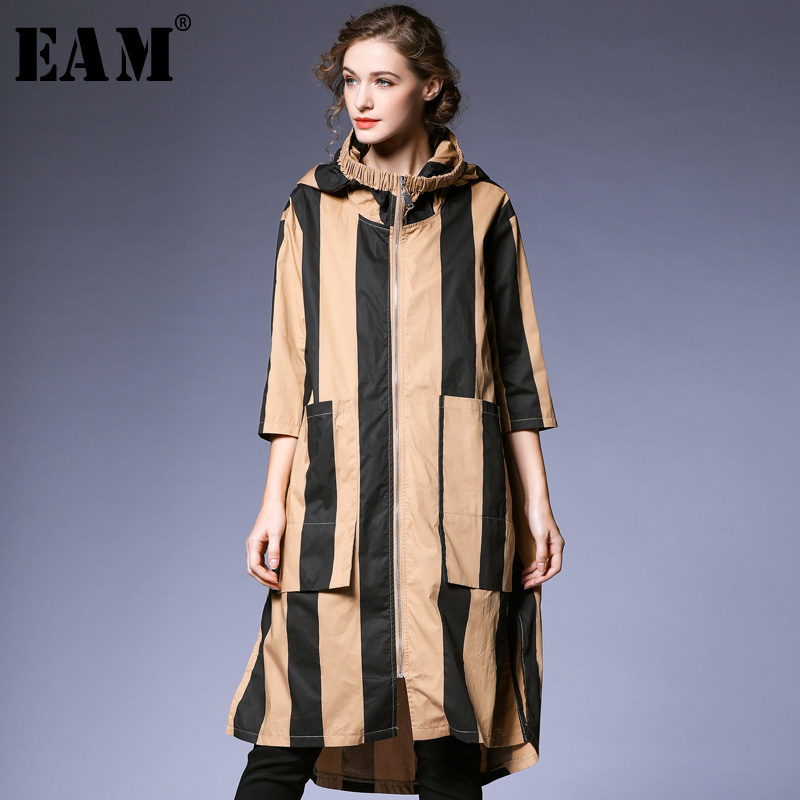 [EAM] 2019 New Spring Summer Hooded Long Sleeve Pocket Split Joint Striped Big Size Windbreaker Women   Trench   Fashion Tide JQ079