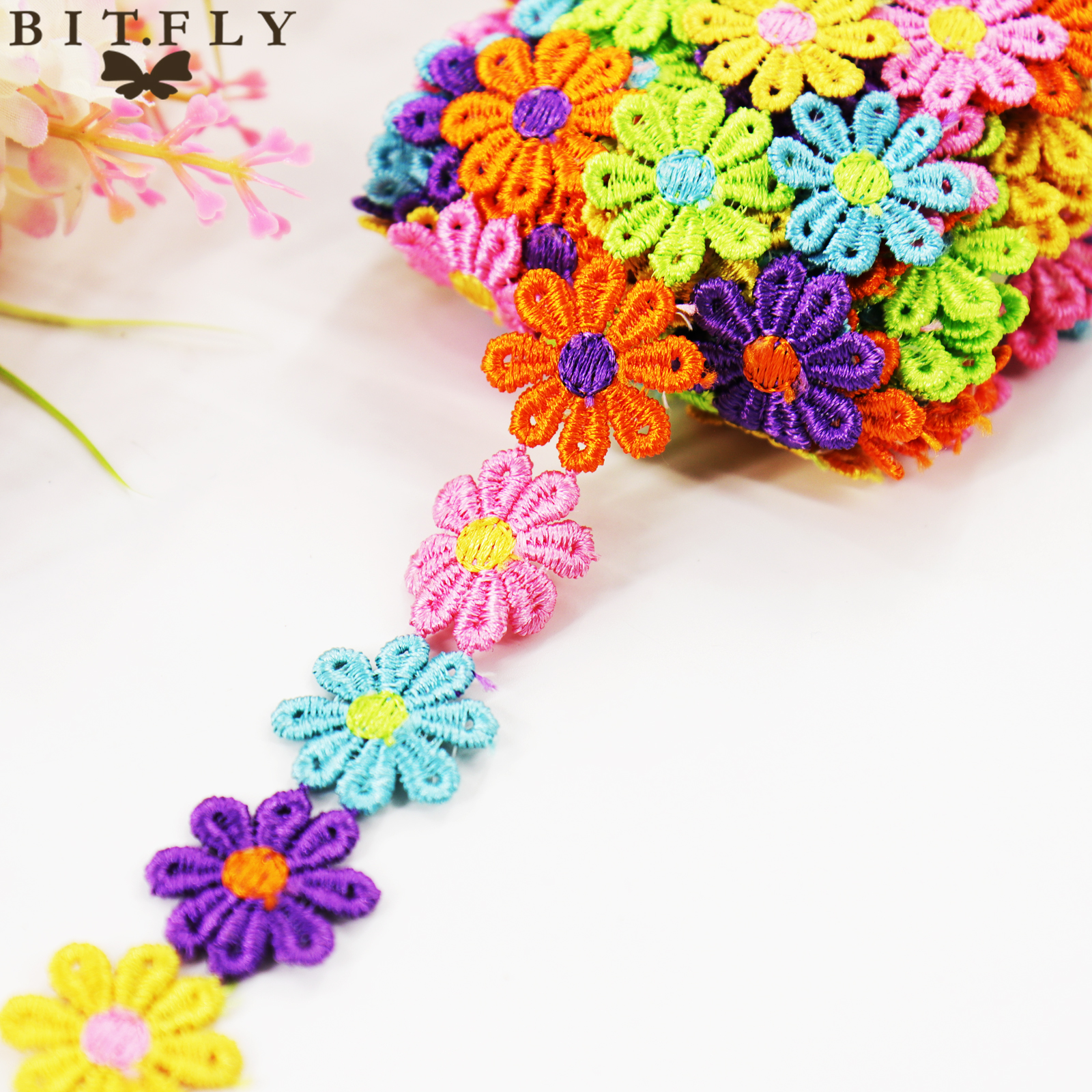 BIT.FLY 2.5cmx1Yard Embroidery Water Soluble Applique Flower Lace Ribbon Wedding Party Decoration Flower Strips DIY Accessories