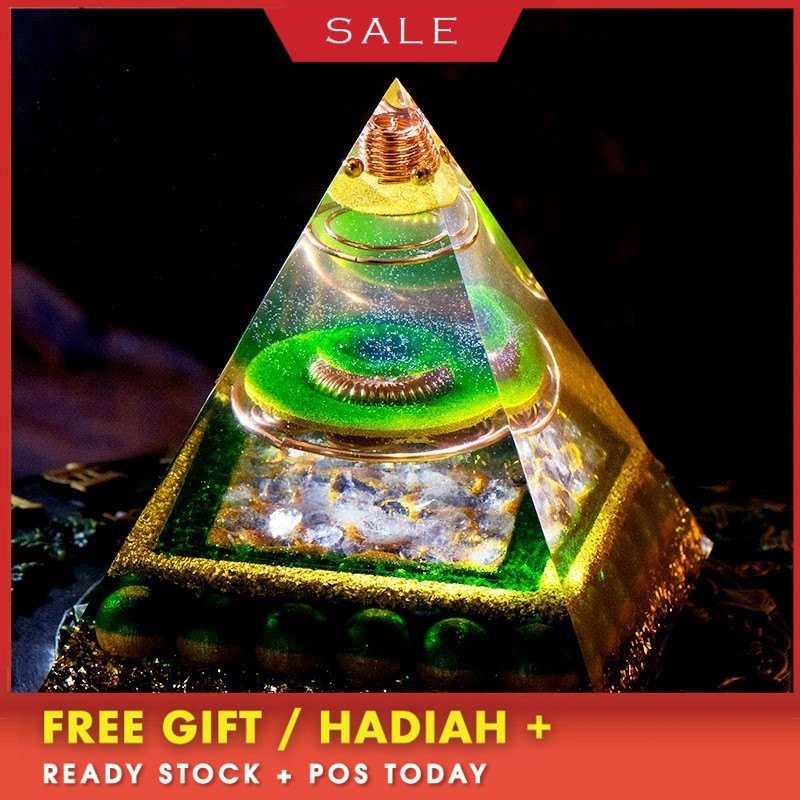 AURA REIKI Orgonite Aura Crystal Pyramid Feng Shui Decoration Crafts Accumulate Wealth Energy Converter Resin Decorative Jewelry