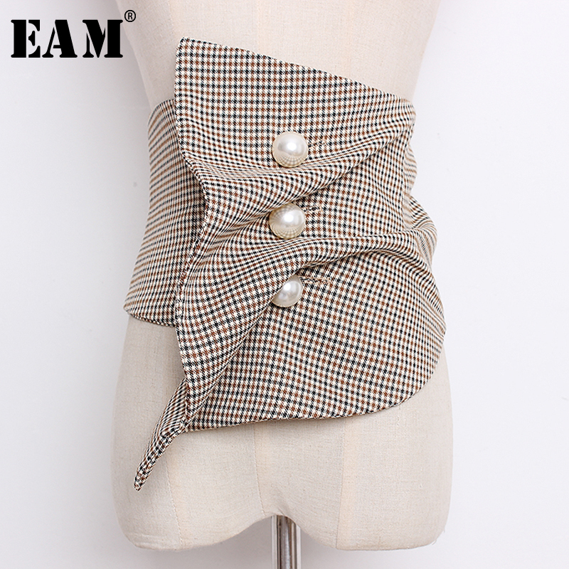 [EAM] 2020 New Spring Summer Black Irregular Plaid Printed Pearled Nailed Irregular Stitch Wide Belt Women Fashion Tide JO621