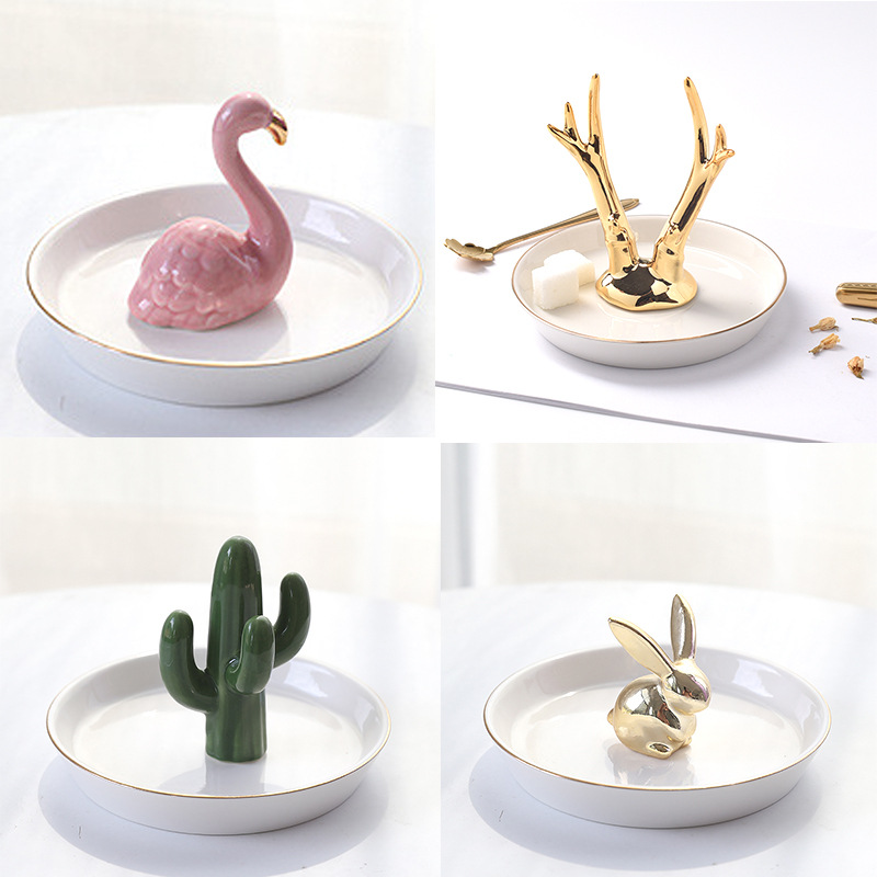 Ceramic Jewelry Plate Flamingo Pineapple Cactus Rabbit Deer Iron Tower Elephant Model Storage Tray Decorative Ornaments Crafts