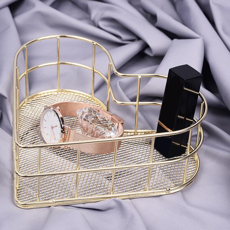 Nordic Simplicity Style Metal Heart shaped Iron Storage Basket Holder Cosmetic Sundries Rose Gold Fruit Basket Organizer in Storage Baskets from Home Garden