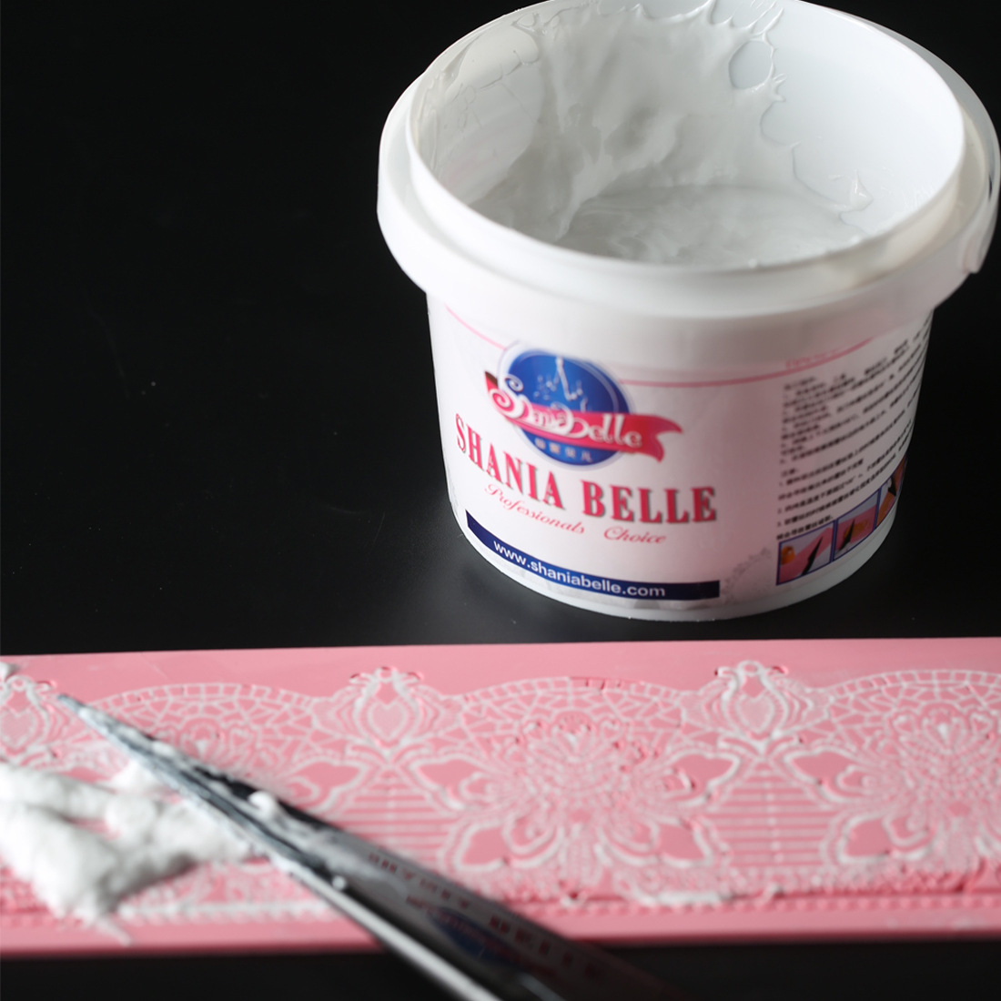 Belle White Lace Cream Baking Ingredients Fondant Cake Lace Pad Raw Material 350g