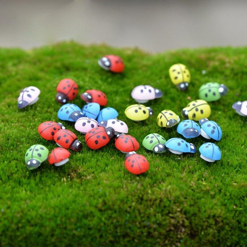 50pcs Mini 1.4*0.9cm Wooden Ladybug Sponge Stickers Mini Fridge Magnets For Scrapbooking Micro Landscape Decor D3
