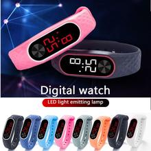 2019 New Digital LCD TPU Wirstband Pedometer Run Step Walking Distance Calorie Counter Wrist Sport Fitness Watch Bracelet