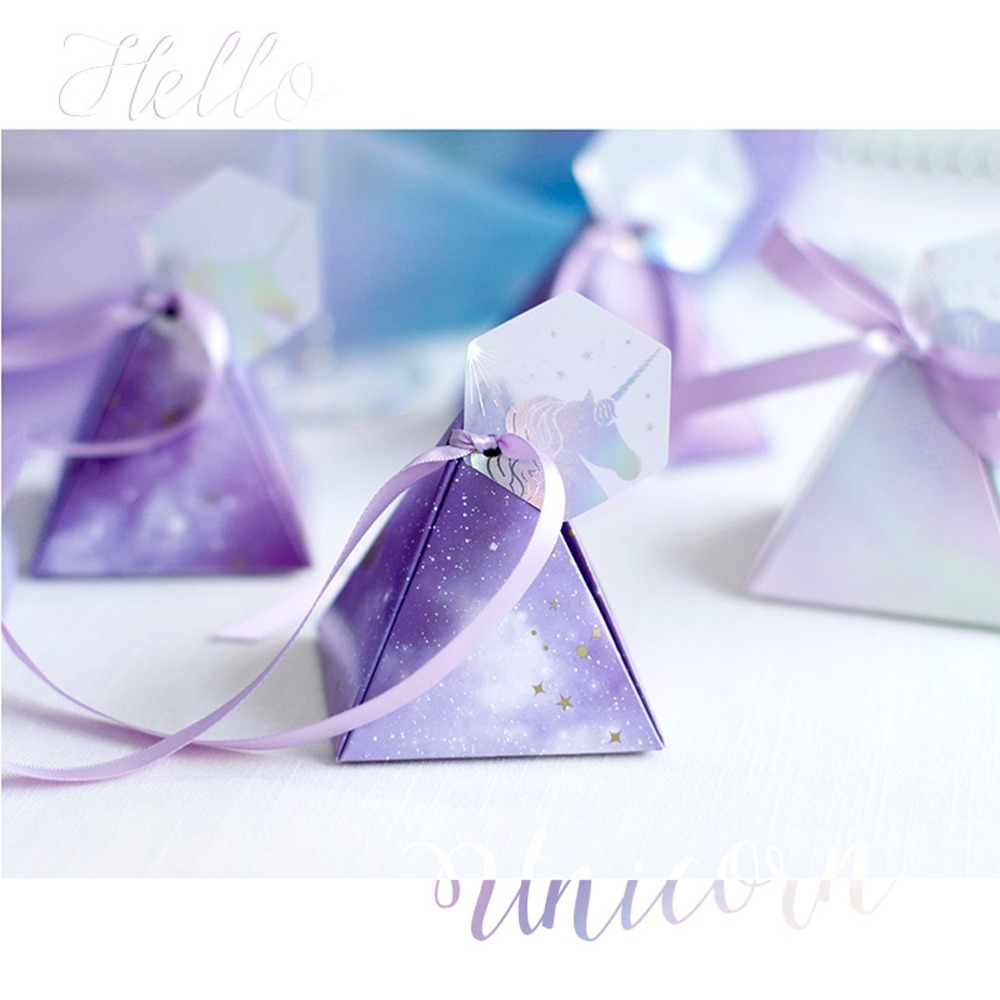 2019 NEW Purple Fantasy Stars Candy Box Unicorn Pyramid Gift Boxes Wedding Favors And Gifts Happy Birthday Baby Shower Girl Boy