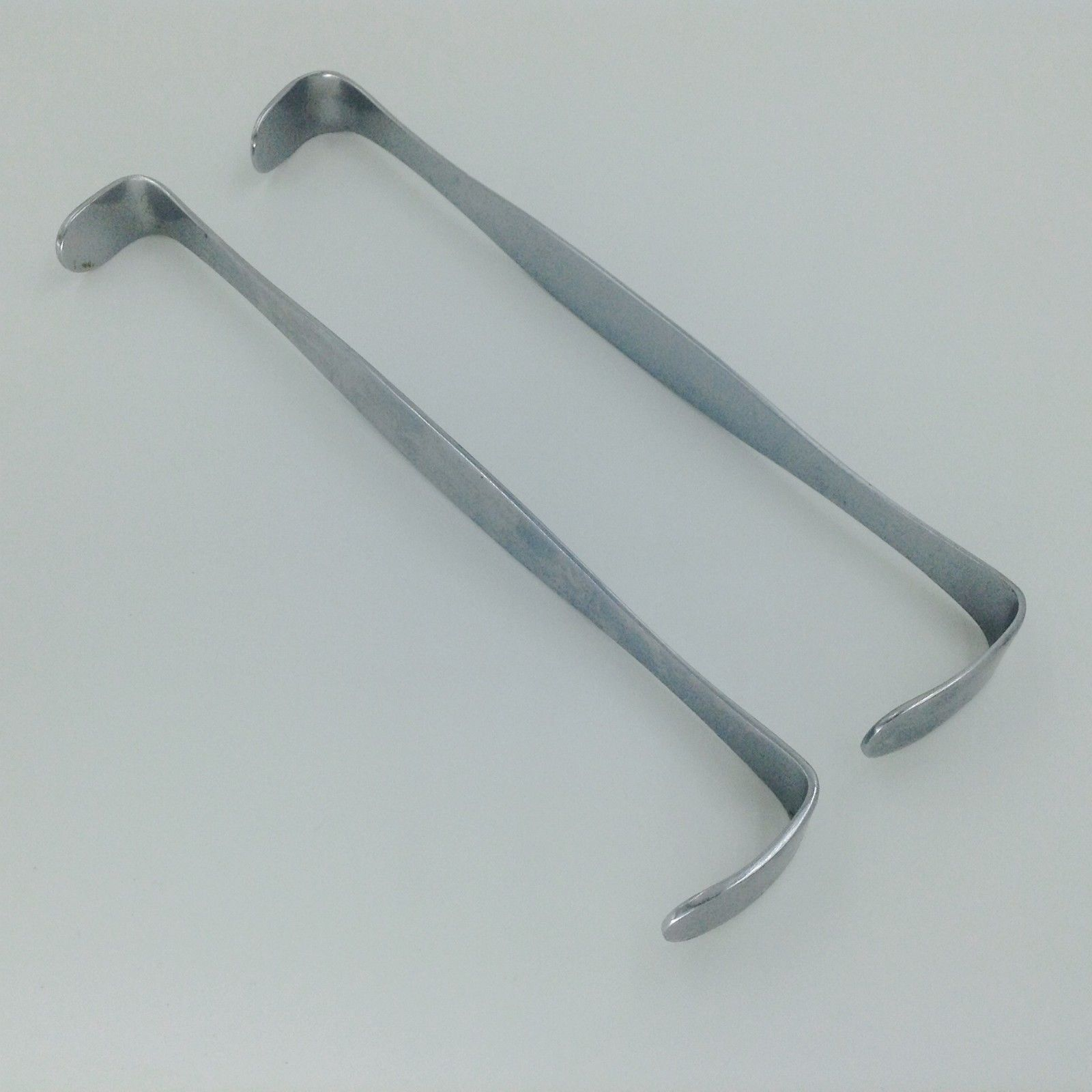 A Set Of Farabeuf Tissue Retractor Veterinary Orthopedics Instruments