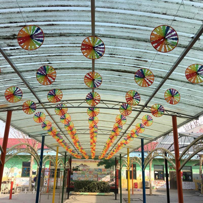 8 STUKS Kleurrijke Spinner Outdoor Kleuterschool Kinderen Speelgoed Windmolen String Tuin Wind Rotator Tuin Decoratie