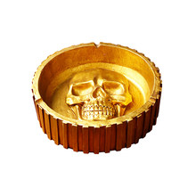 1pc Ashtray Golden Resin Spooky Skull Pattern Unique Smoking Accessories for Bar Home Haunted House A30(China)