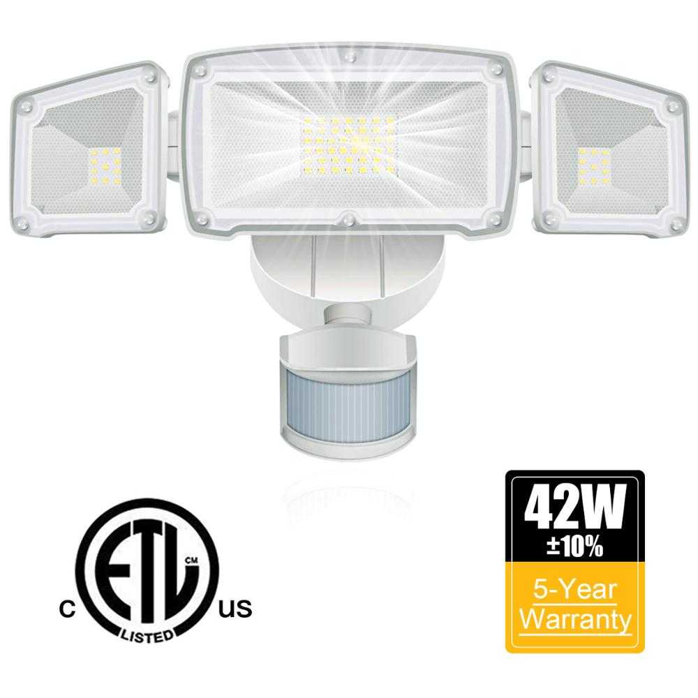 LED Security Light 42W Outdoor Motion Sensor Security Light 3 Heads Flood Light Waterproof 3000LM 6000K Adjustable Lighting