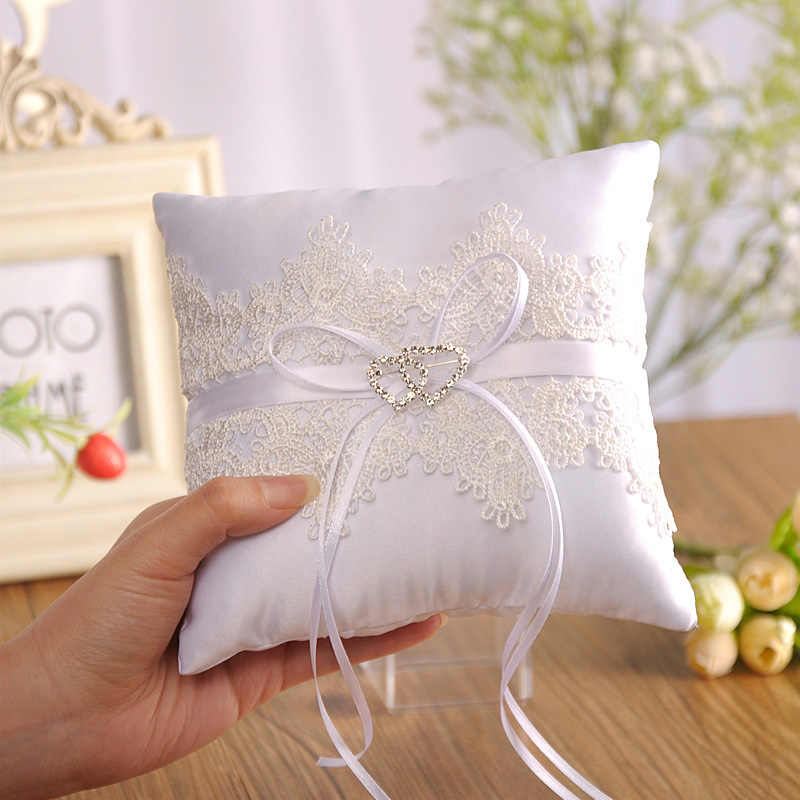 Party Decor Wedding Decorations Festive Supplies Marriage Valentine Day Hollow Lace Gift Ring Pillow Cushion Pincushion Ring