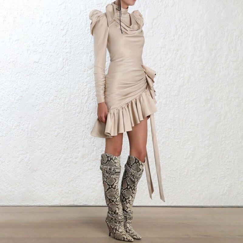 TWOTWINSTYLE drążą asymetryczna satyna sukienki dla kobiet Bowknot rękaw Puff wzburzyć wieczór sukienka na imprezę kobiet 2019 jesień w Suknie od Odzież damska na  Grupa 2