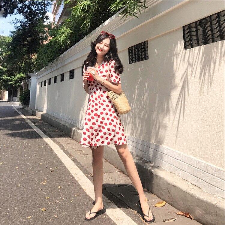 2019 français niche slim Hainan Sanya bord de mer vacances plage robe thaïlande vague point mousseline de soie robe d'été robe