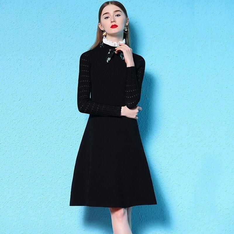 2018 hiver all-match rendu robe femme grace flod col montant solide tricot petite noir fond robe hiver nw18d3001