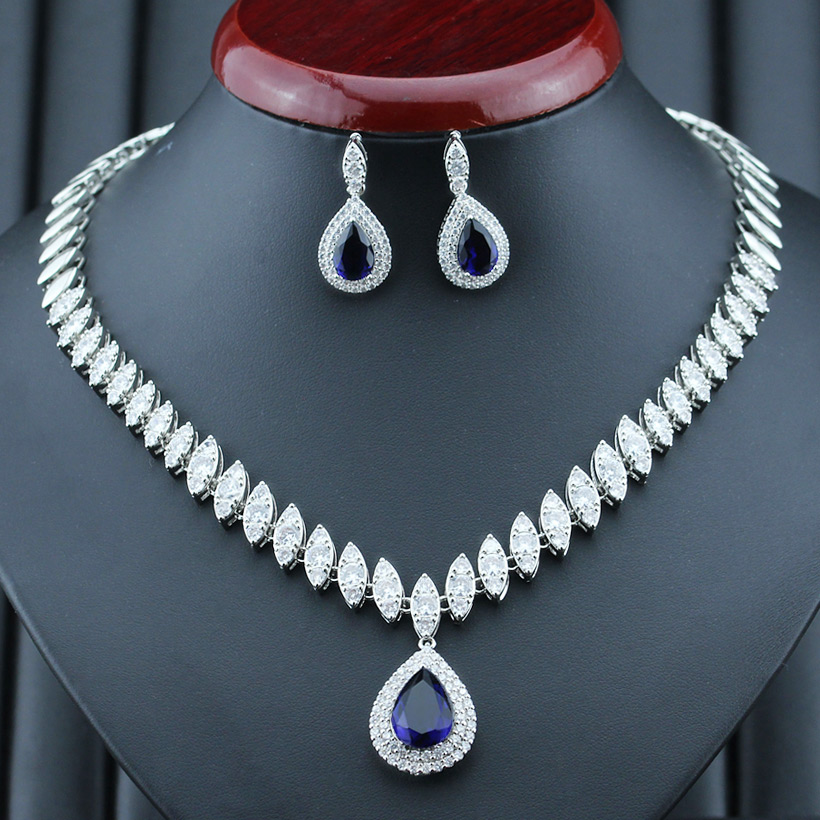 Cubic Zirconia Designer Stand Chain Pendant Necklace Set M12 4
