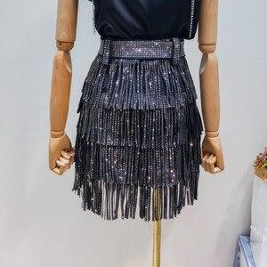 Image 2 - LANMREM 2020 קיץ חדש אופנה בגדי נשים חם קידוח גדילים Paillette חצאית עם חגורת מכירה לוהטת כל התאמה מכנסי YG97