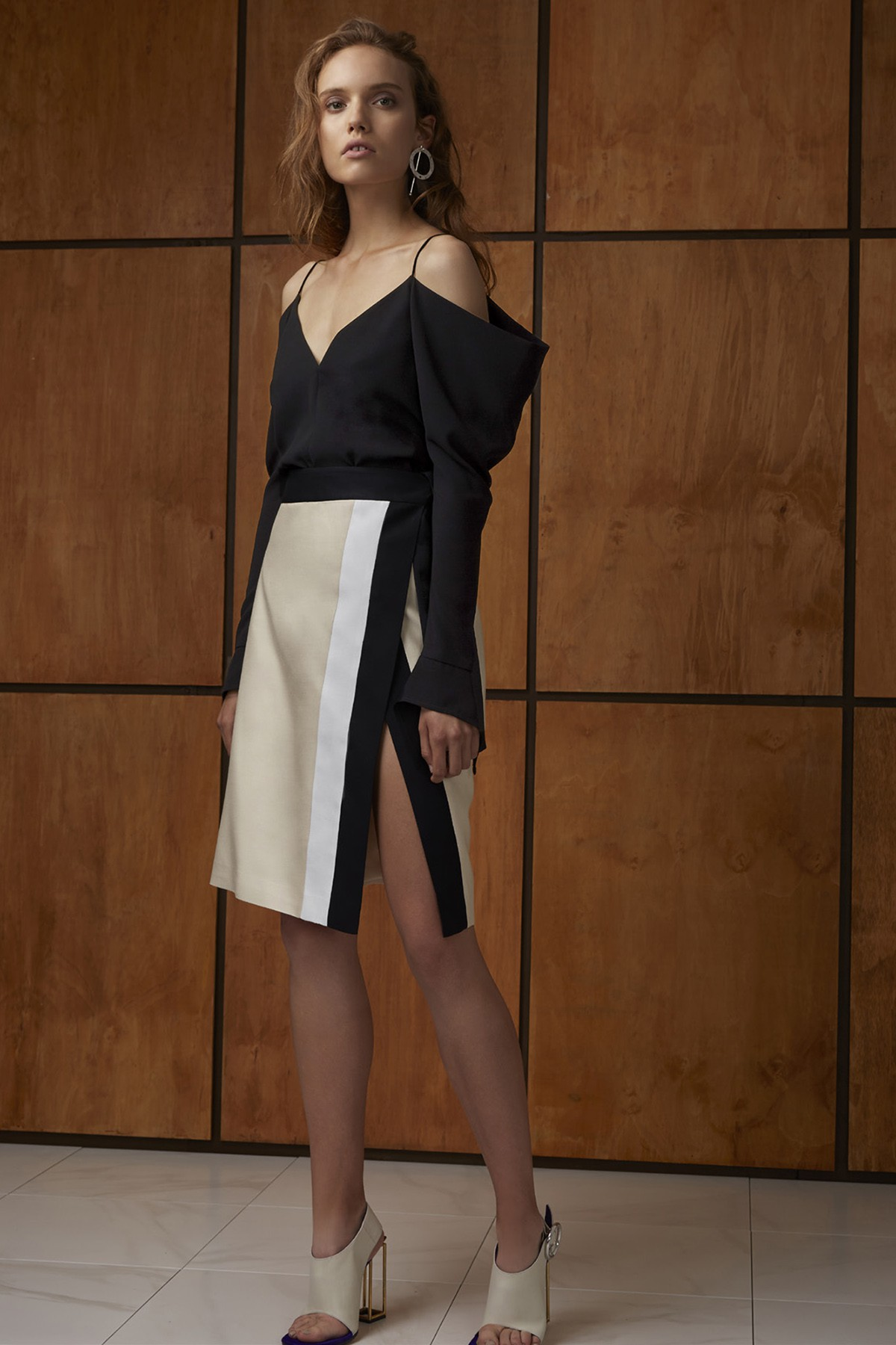 Spaghetti Strap Tops Off Shoulder Long Sleeve Sexy Shirt Patchwork Split Elegant Skirt Fashion High Quality