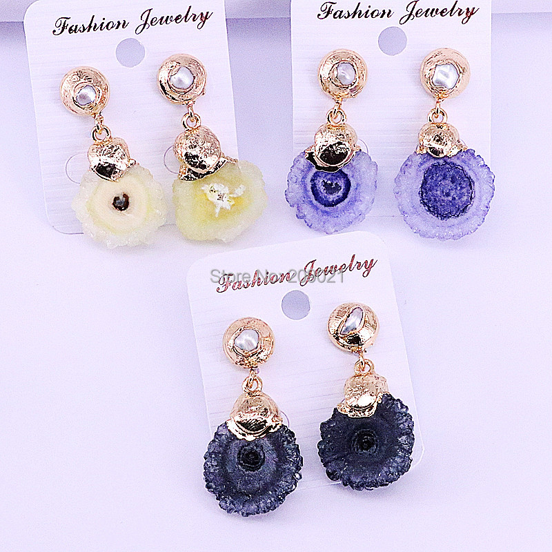 5Pairs Mix Color Quartz Stone Flower Shape with Nature Pearl Women's Fashion Jewelry Dangle Earrings-in Drop Earrings from Jewelry & Accessories    3