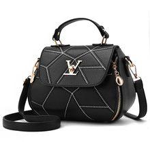 1b2d998efd Petit V Style selle mode sac 2019 été Loui femmes sac à main géométrie luxe  bandoulière fourre-tout femme Messenger sacs shoppin.