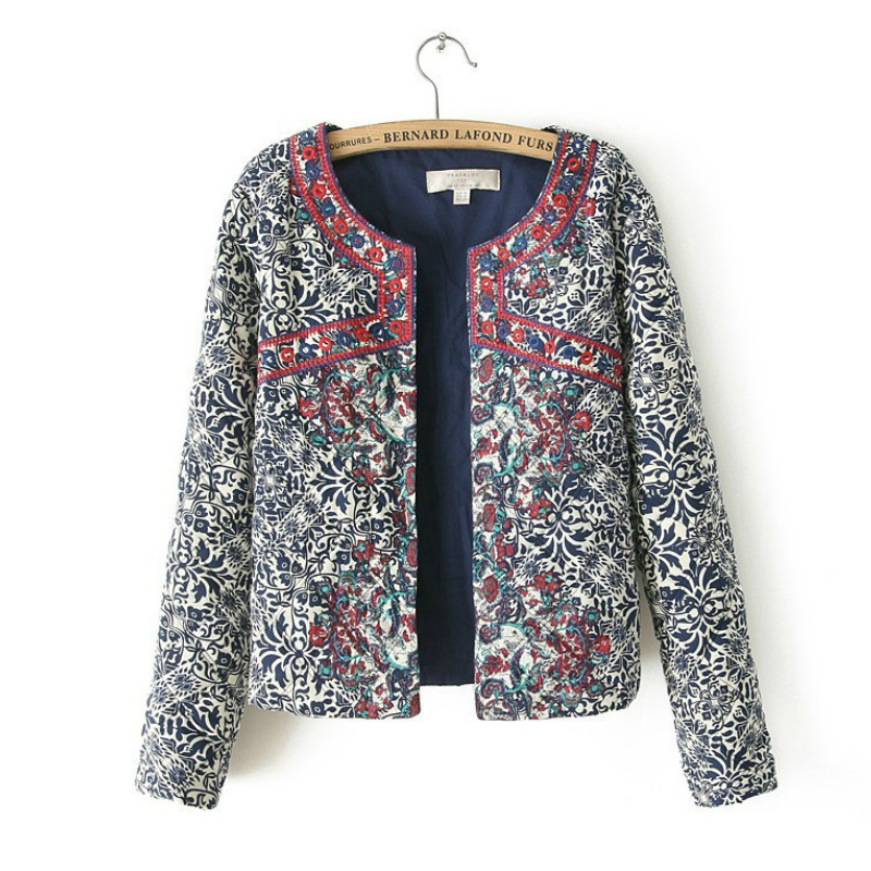 Winter Ethnic Floral embroidery jacket   Parkas   Vintage Flower Printed Warm Coat Cotton Quilted Jacket High Quality Tops 2018