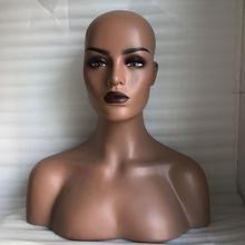 Busto de cabeza de Maniquí de fibra de vidrio realista para mujer, piel oscura, venta para joyería de peluca y exhibición de sombrero