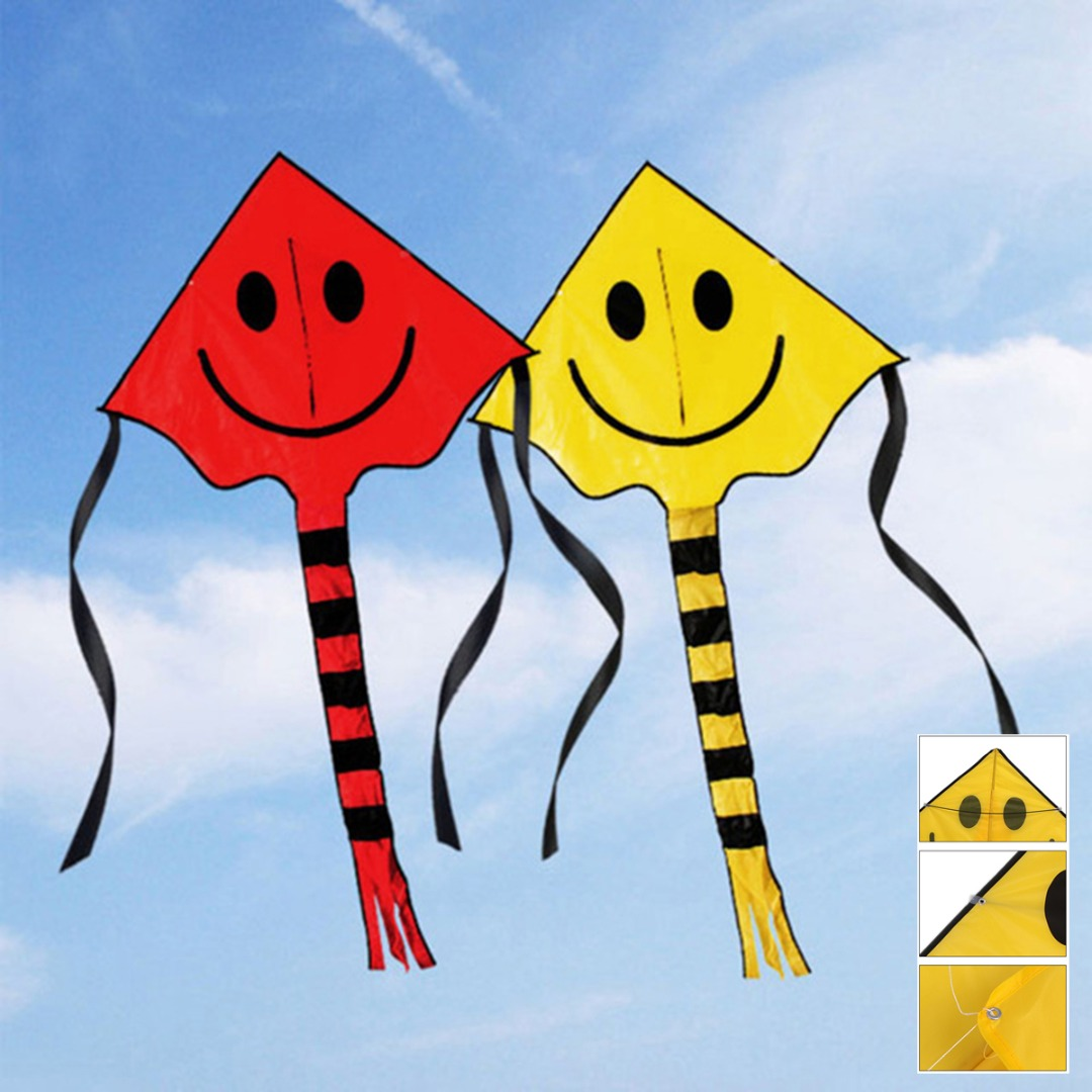 New Arrival 80*60cm Outdoor Smiley Flying Kite With 30M Handle Line Smiley Kites For Kids