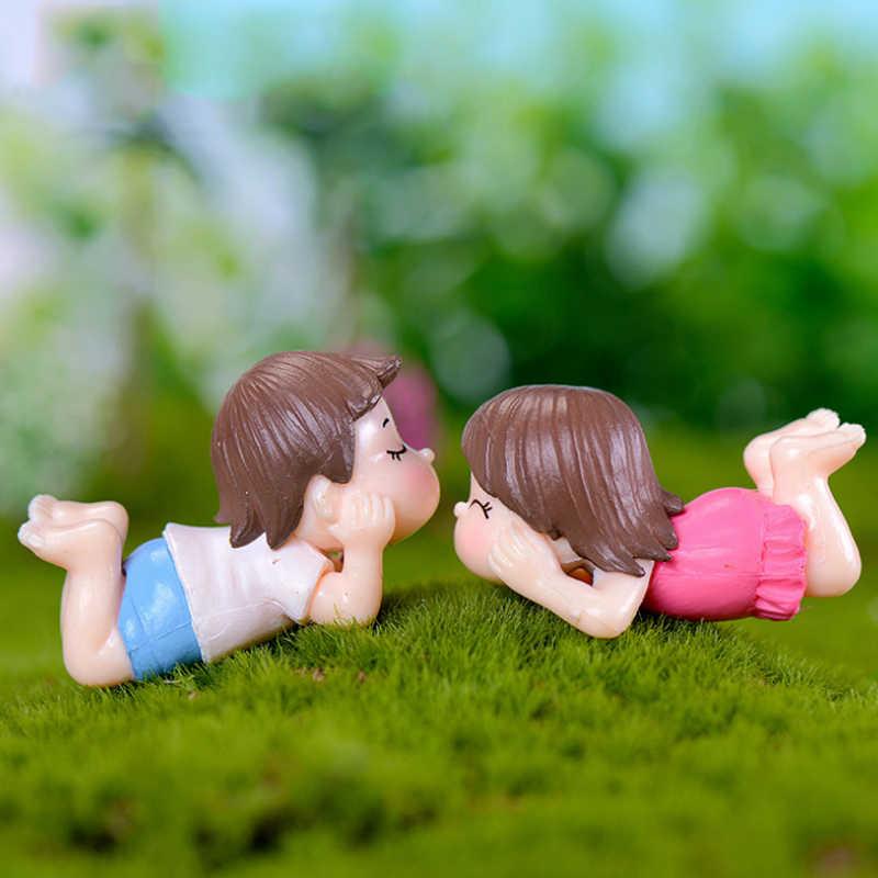 2 Pcs/1 Set Rumah Dekorasi Kerajinan Peri Taman Pecinta Patung Beberapa Kualitas Tinggi Miniatur Populer Resin Pacar Panas dijual