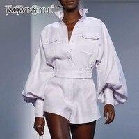 TWOTWINSTYLE белая рубашка шорты для женщин для из двух частей наборы ухода за кожей фонари рукавом Блузка Женский Высокая талия шорт