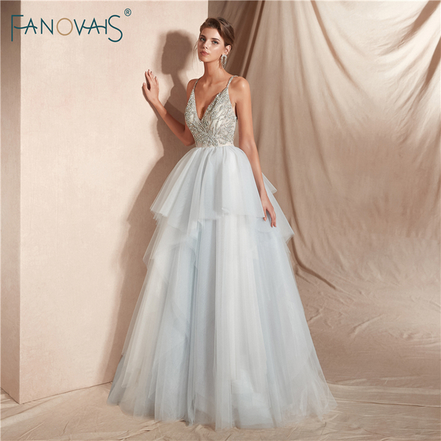 Luxury 2019 Wedding Dresses Long V-Neck Crystal Beaded Wedding Gown High Quality Princess Ball Gown Vestido de Noiva WN24