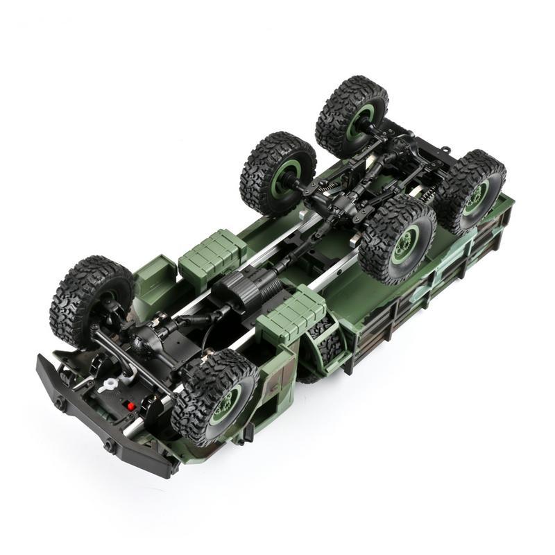 Caliente WPL nuevo 1:16 WPL tracción de seis ruedas escalada fuera de carretera camuflaje coche de juguete de Control remoto Auto ejército camiones para los niños-in Coches RC from Juguetes y pasatiempos    2